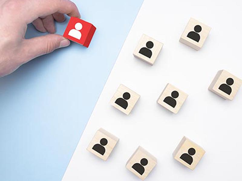 Yếu tố đánh giá mức độ uy tín và chất lượng của khóa học Hành chính nhân sự